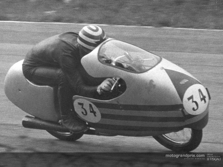 Alberto Gandossi (ITA) 1957 Ducati bike