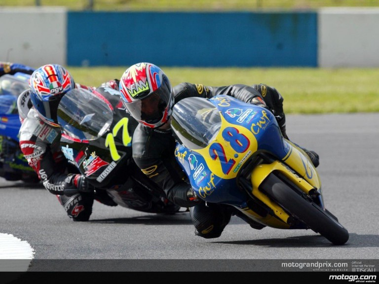 Donington 125 Action Shots