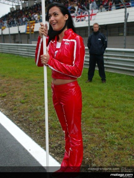 Estoril - Paddock Girls