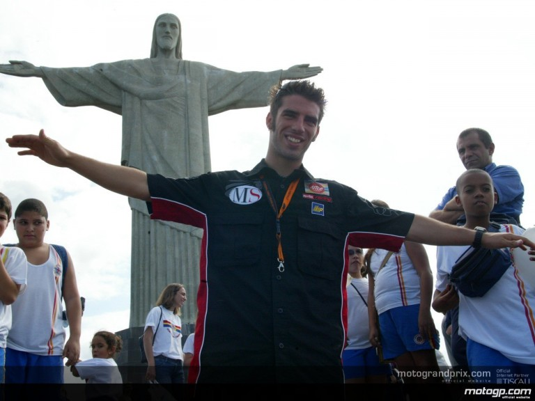 Riders visit Rio´s most famous landmark