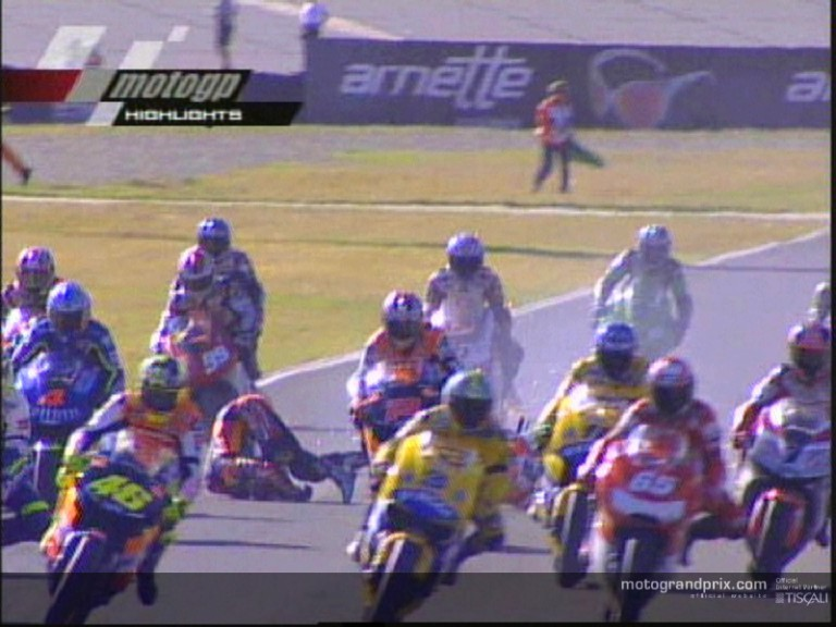 Colin EDWARDS and Noriyuki HAGA crashed during the RSA