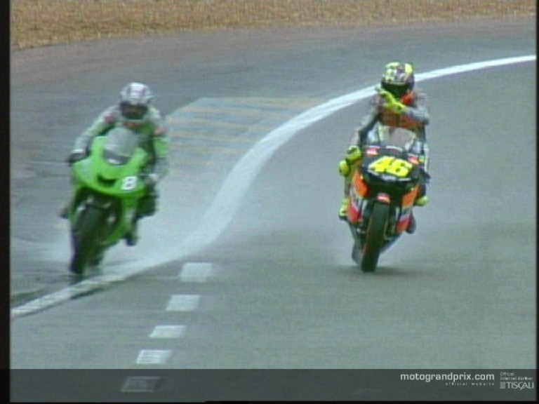 91536_garry-mccoy-and-valentino-rossi-du
