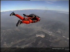 Carlos Checa parachuting