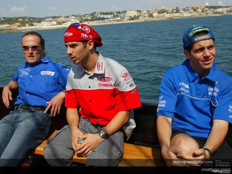 Riders sailing along the Estoril coast