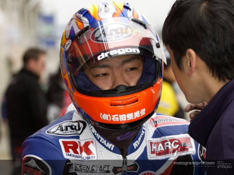 Aoyama pit lane