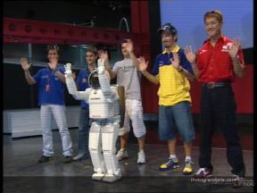 Riders meet ASIMO Honda´s robot