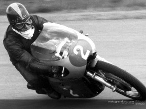 Carruthers, Kel action 1969 250cc Benelli
