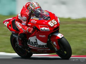 Capirossi action Test Sepang