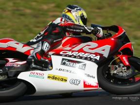 De Puniet action Test Catalunya 2004