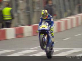 Rossi and Checa entertain the crowds at Barcelona