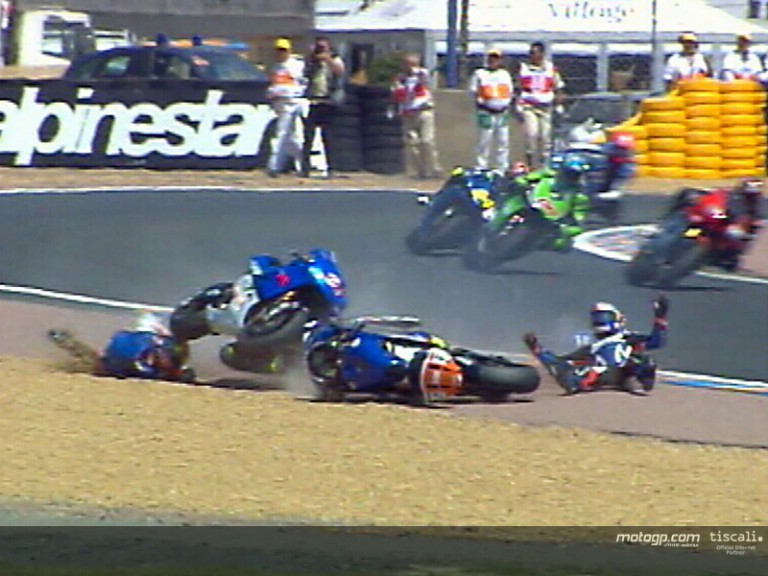 Crash motogp Le Mans 2004