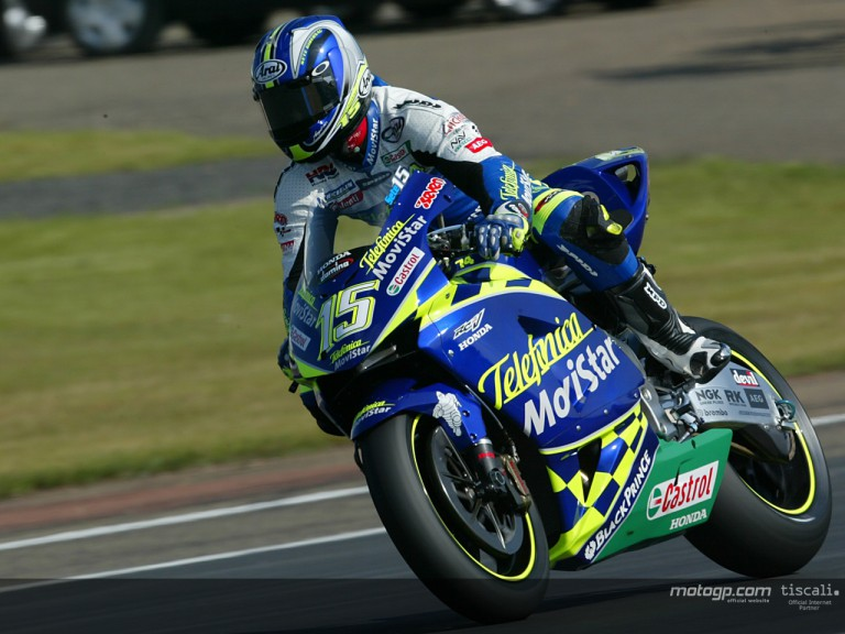 Gibernau action 2004