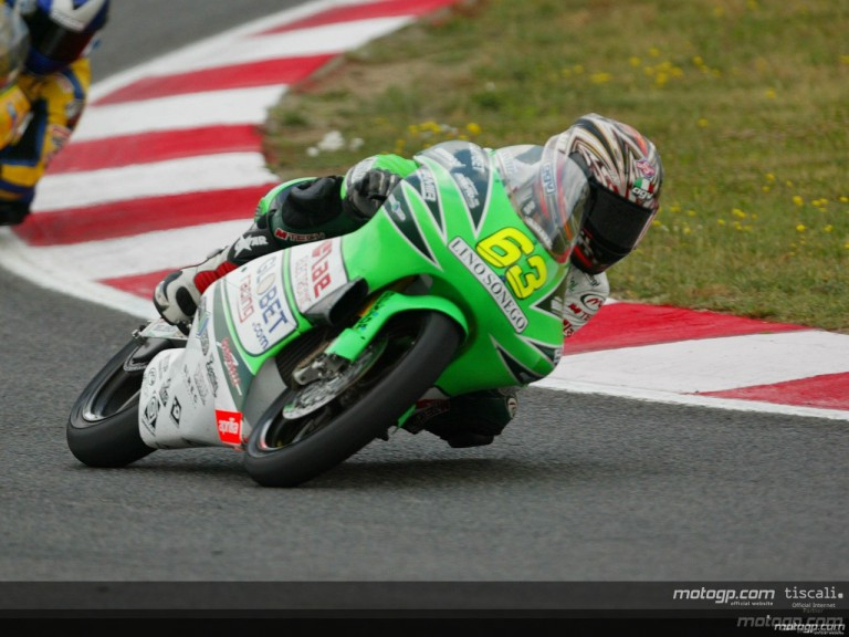 125cc Circuit Action Shots
