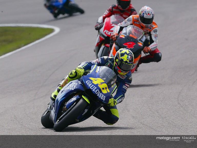 Rossi action Assen 2004