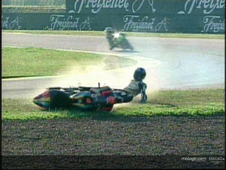 Hugo Marchand crash during the QP2