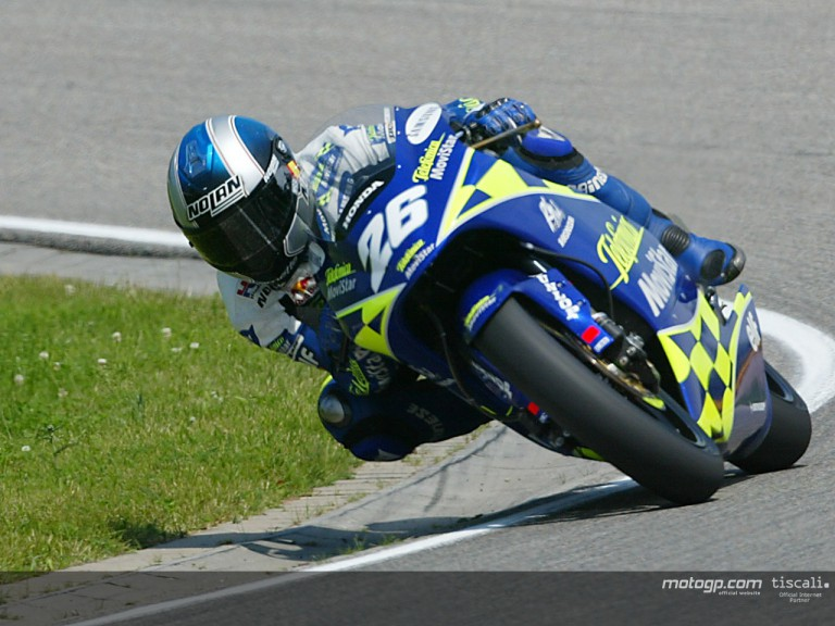 Pedrosa action Sachsenring 2004