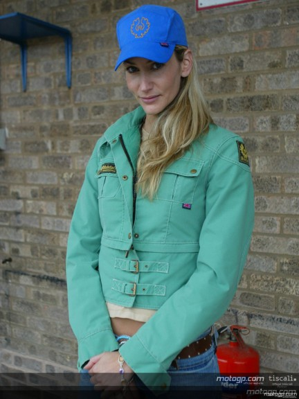 Paddock girls - Donington Park