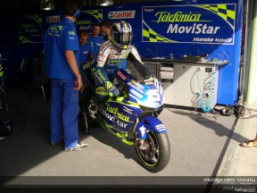 gibernau pit out