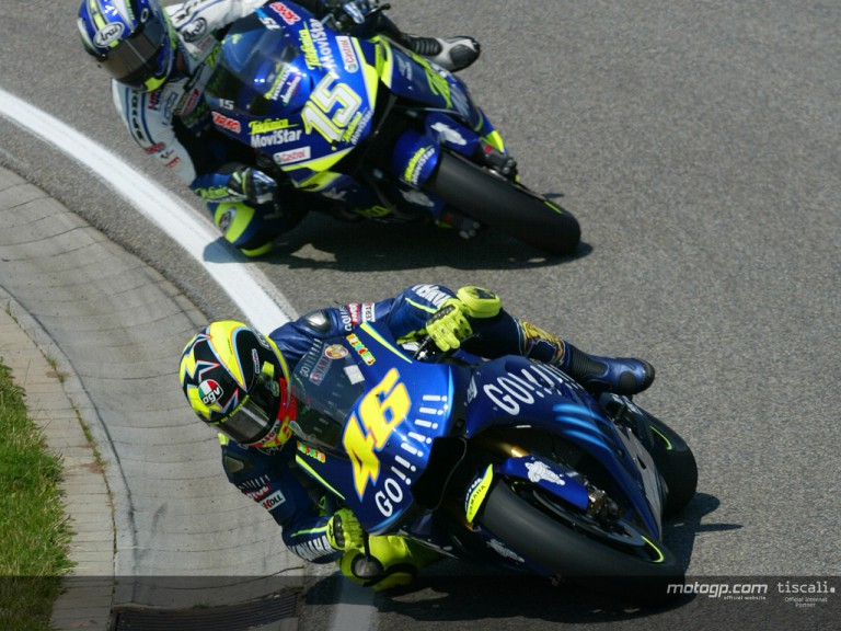 Rossi & Gibernau action Sachsenring