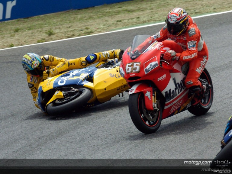 Biaggi - Capirossi crash 3 Estoril