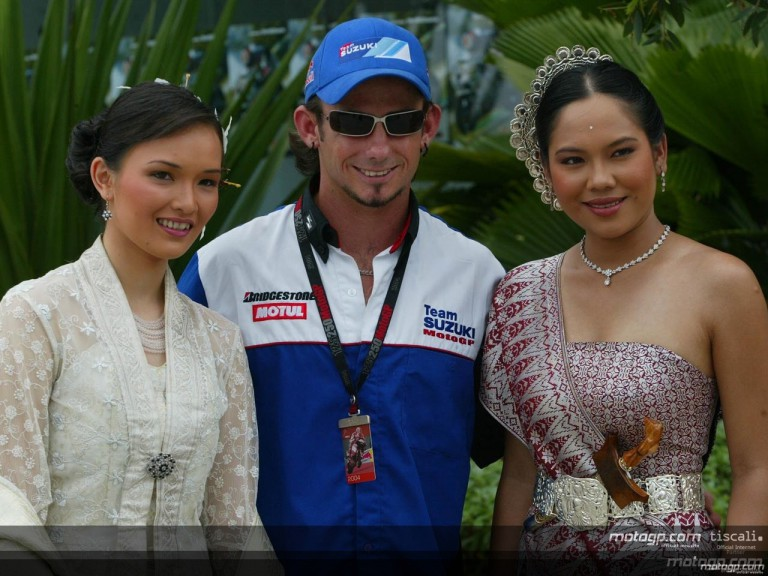Paddock prepares for the Marlboro Malaysian Motorcycle GP