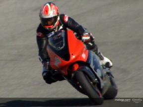 Jeremy McWilliams test at Jerez Circuit