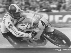 Agostini action Yamaha 500cc 1975