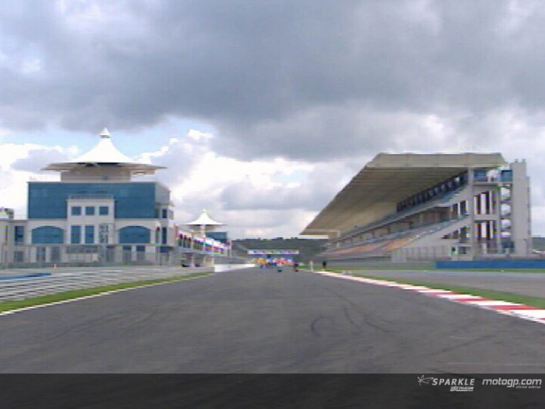 Riders and teams give a first look at the new Istanbul circuit