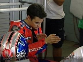 Pedrosa works in the pits and on the track in Phillip Island