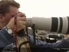 Photographers in action (English & Spanish)