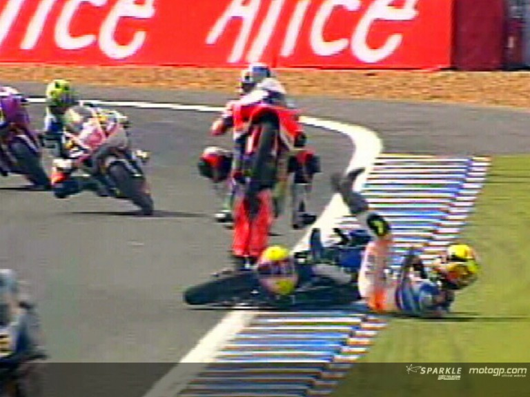 ZANETTI and PASINI crash during race