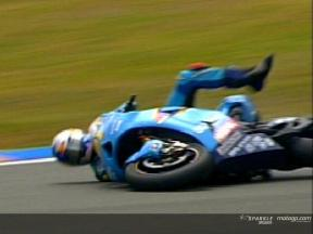 Caída de John HOPKINS durante la carrera