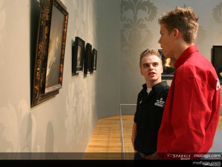 MotoGP riders visit the Rembrand paintings