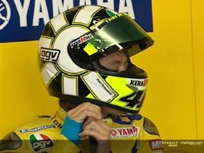 Rossi fights against the injured wrist