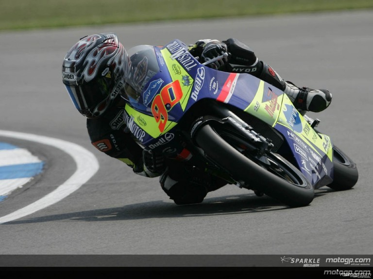 125cc - Circuit Action Shots - Gas British Grand Prix