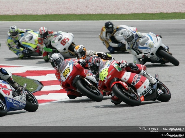 250cc - Circuit Action Shots - Marlboro Malaysian Motorcycle Grand Prix