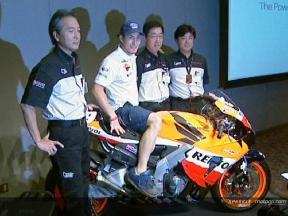 Hayden re-signs with Honda