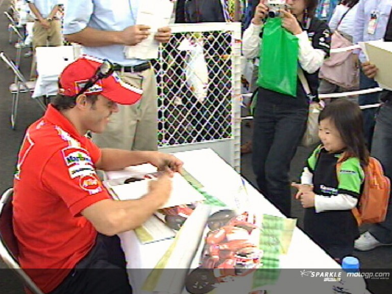 Autograph session at the Twin Ring Motegi