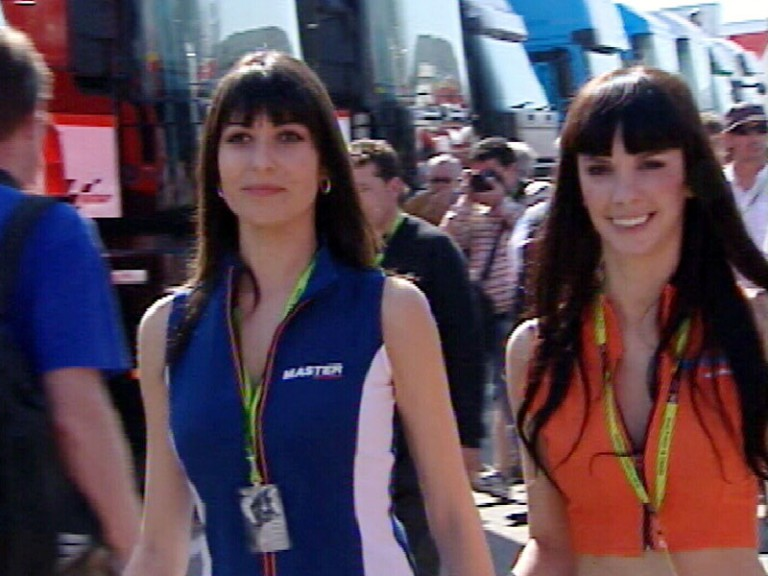 Jerez paddock girls turn heads
