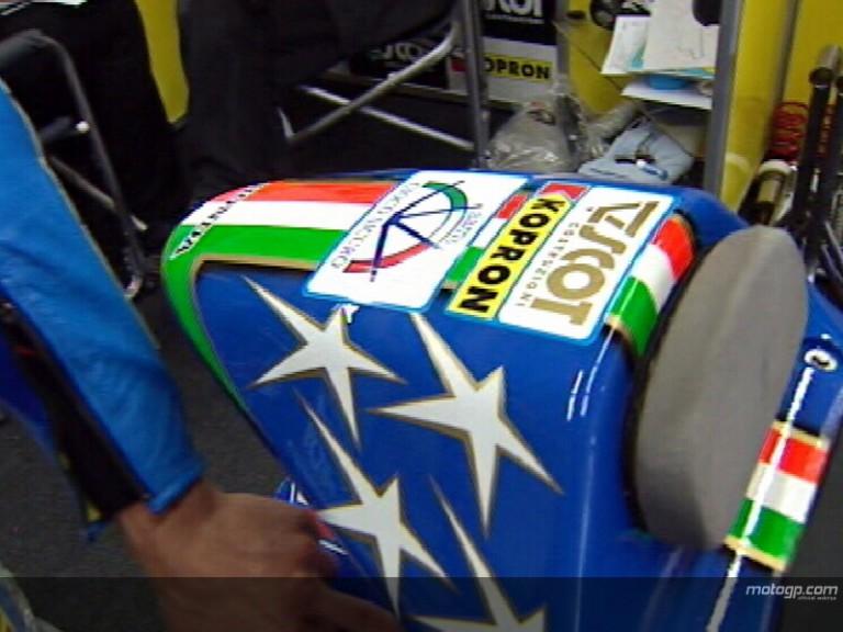 Dovizioso\'s Italian livery tribute