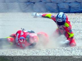 Alex DEBON cade durante la gara