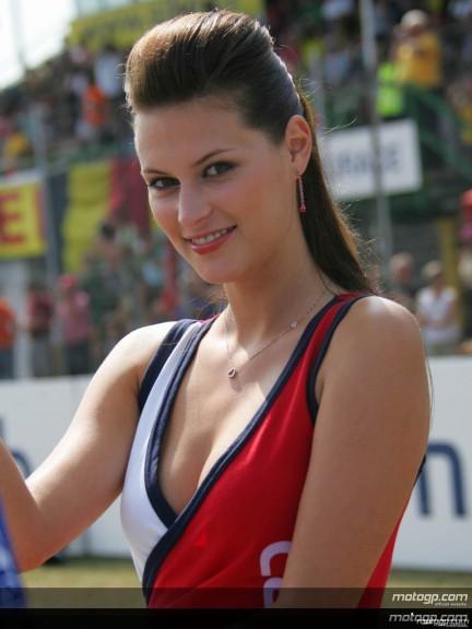 Paddock Girls - Automotodrom Brno