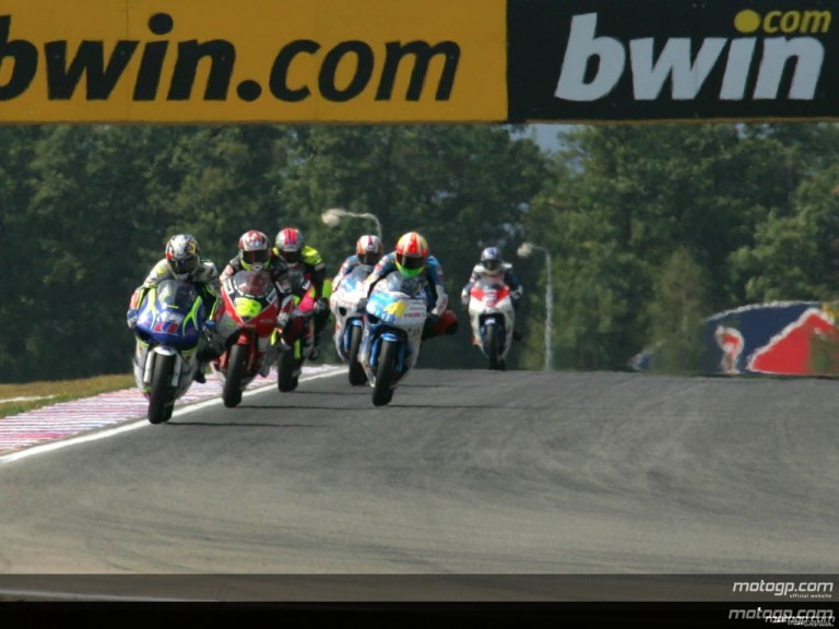 250cc - Circuit Action Shots - Grand Prix Ceske Republiky