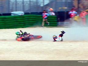 決勝レース:R.プニエ&D.ペドロサ クラッシュ