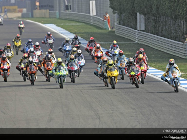 125cc - Circuit Action Shots - Estoril