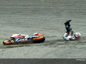 Dani PEDROSA cade durante la gara