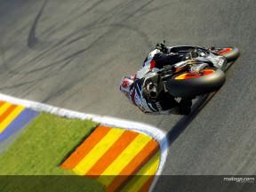 Repsol Honda unveils new 800cc prototype