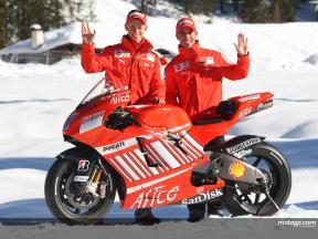Ducati unveil Desmosedici GP8 (FREE)