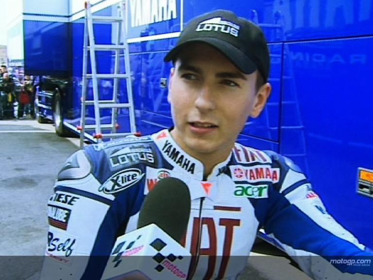 Lorenzo reviews opening day in Jerez