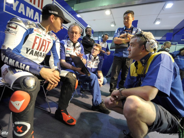 Lorenzo in the Fiat Yamaha box at Losail